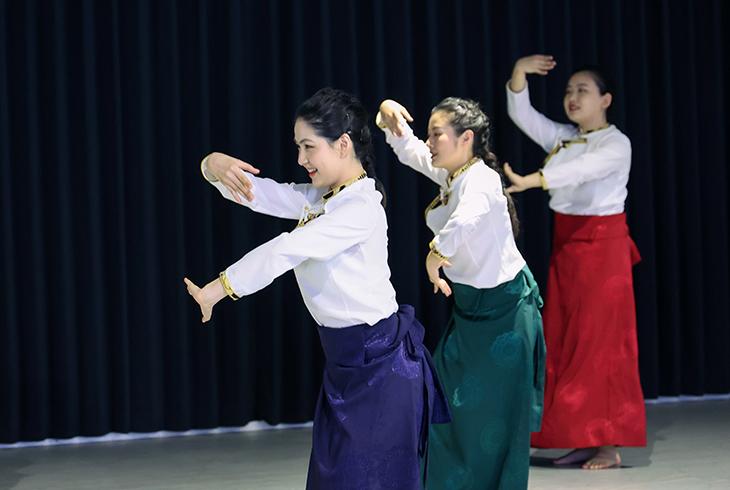 dance2021