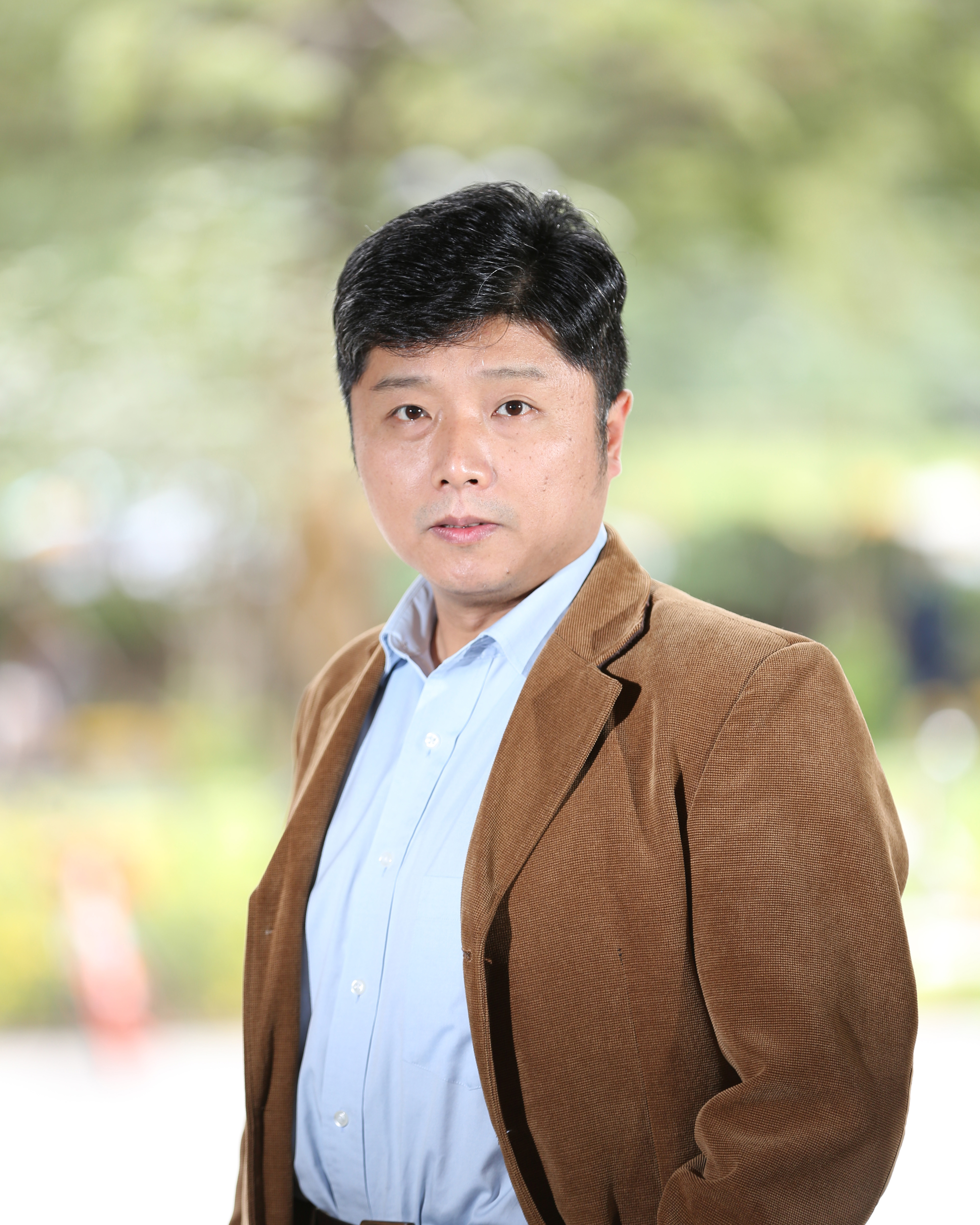 Zhi Xu, Director of Laboratories