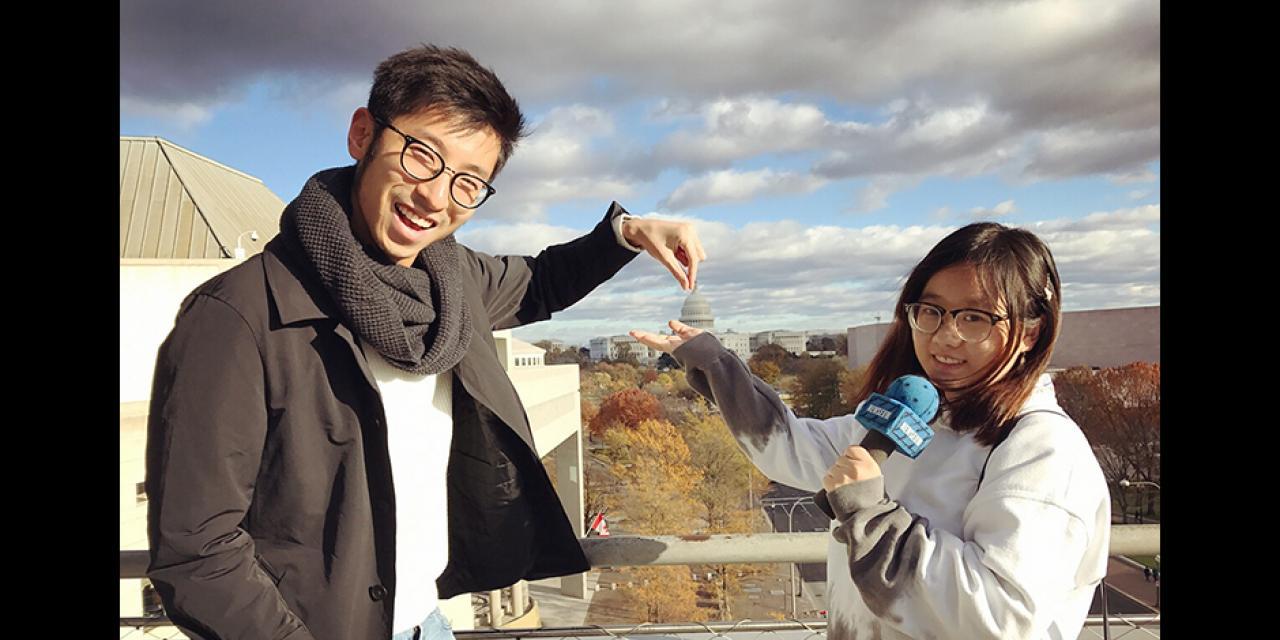 这是在新闻博物馆拍的。这座博物馆以有趣、互动的方式展示与新闻和新闻学相关的展品。照片上还能看到美国国会大厦和华盛顿特区迷人的秋景。  ——王丹妮(华盛顿特区)