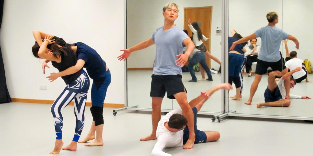 Dancers were encouraged to abandon overthinking what form they should take, but instead let the shapes of their bodies be determined by spontaneous, fluid movements. (Photos by: NYU Shanghai)