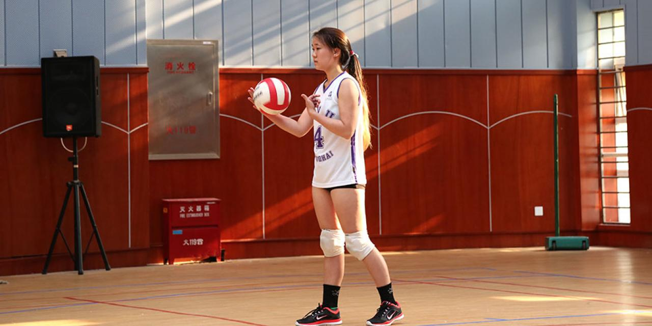 NYU Shanghai faces off against Duke Kunshan University in women's volleyball and men's basketball as part of Viva La Violet Week. April 18, 2015. (Photo by Sunyi Wang)
