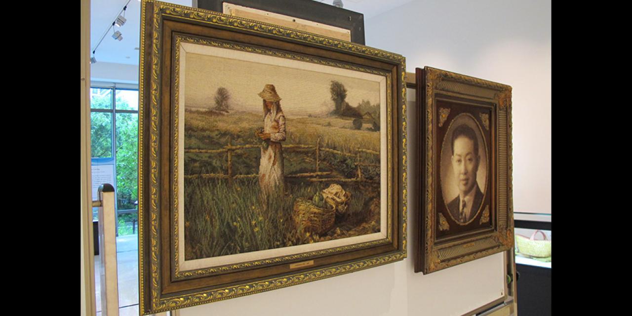 """8月22日至25日,浦东文化艺术指导中心在上海纽约大学举办""""非遗进校园""""艺术品展览。(摄影:上海纽约大学)"""