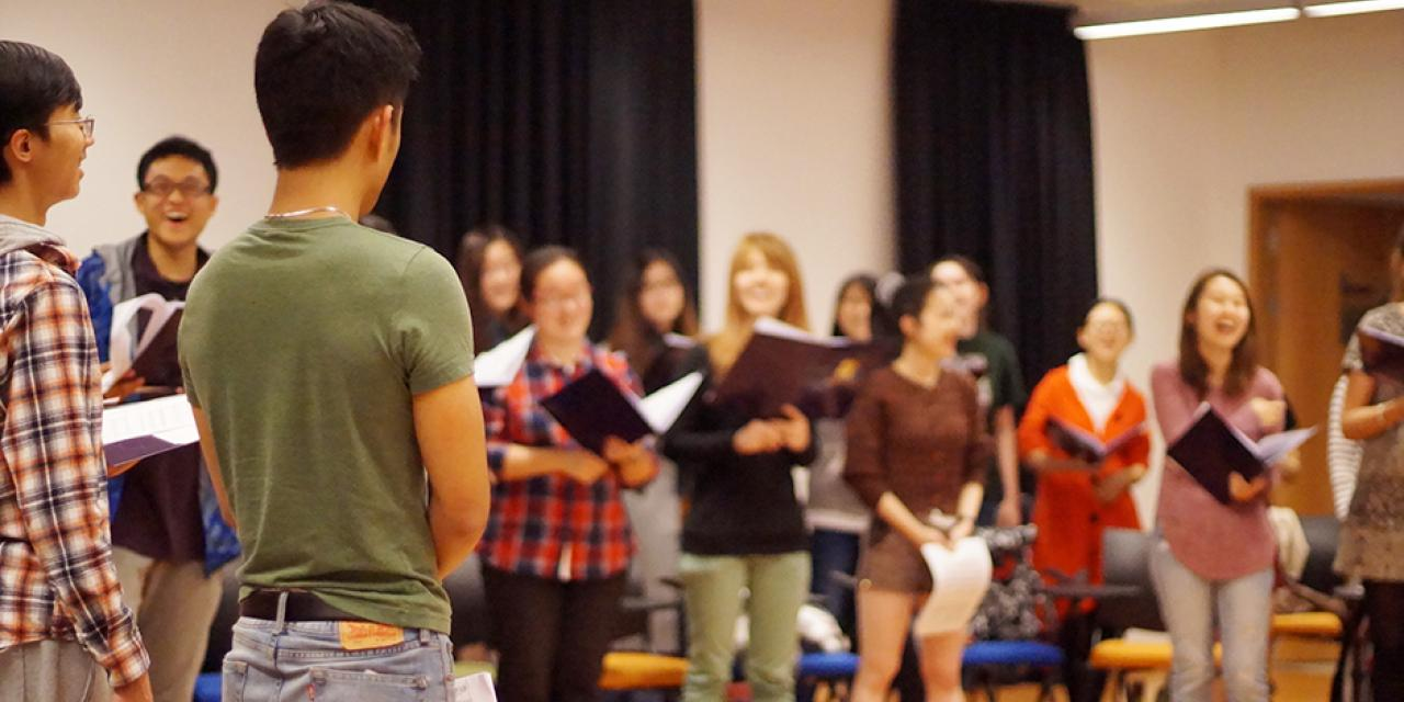 A choral rehearsal under the direction of Professor Dianna Heldman erupted into a rainstorm of reverberant voices. (Photo by: NYU Shanghai)
