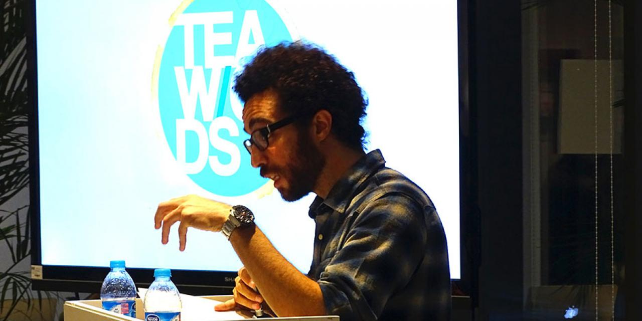 "The NYU Shanghai community joins poets Mazen Maarouf, Chen Danyan, and David Perry for an exclusive ""Tea W/ords"" reading session. November 22, 2014. (Photo by Yilun Yan)"