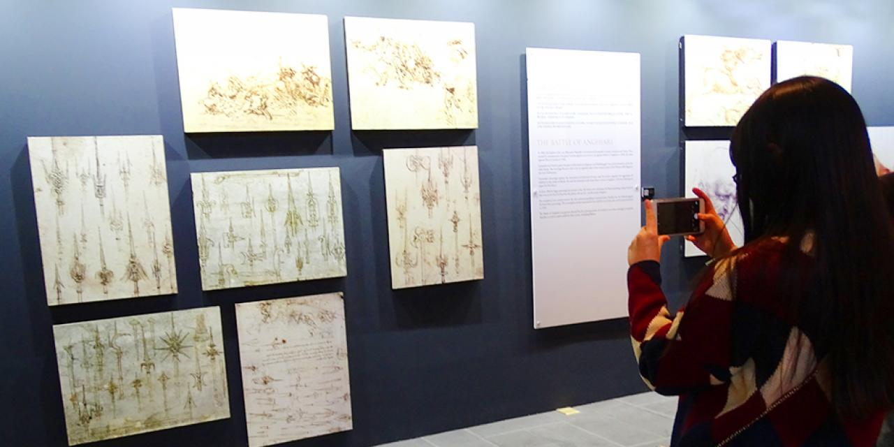 "NYU Shanghai students took a Saturday off campus to explore the renowned exhibition, ""Da Vinci: The Genius"" at The Hub. The exhibit showcased models of Da Vinci's inventions as well as reprints of his most famous pieces of art. (Photo by: Annie Seaman)"
