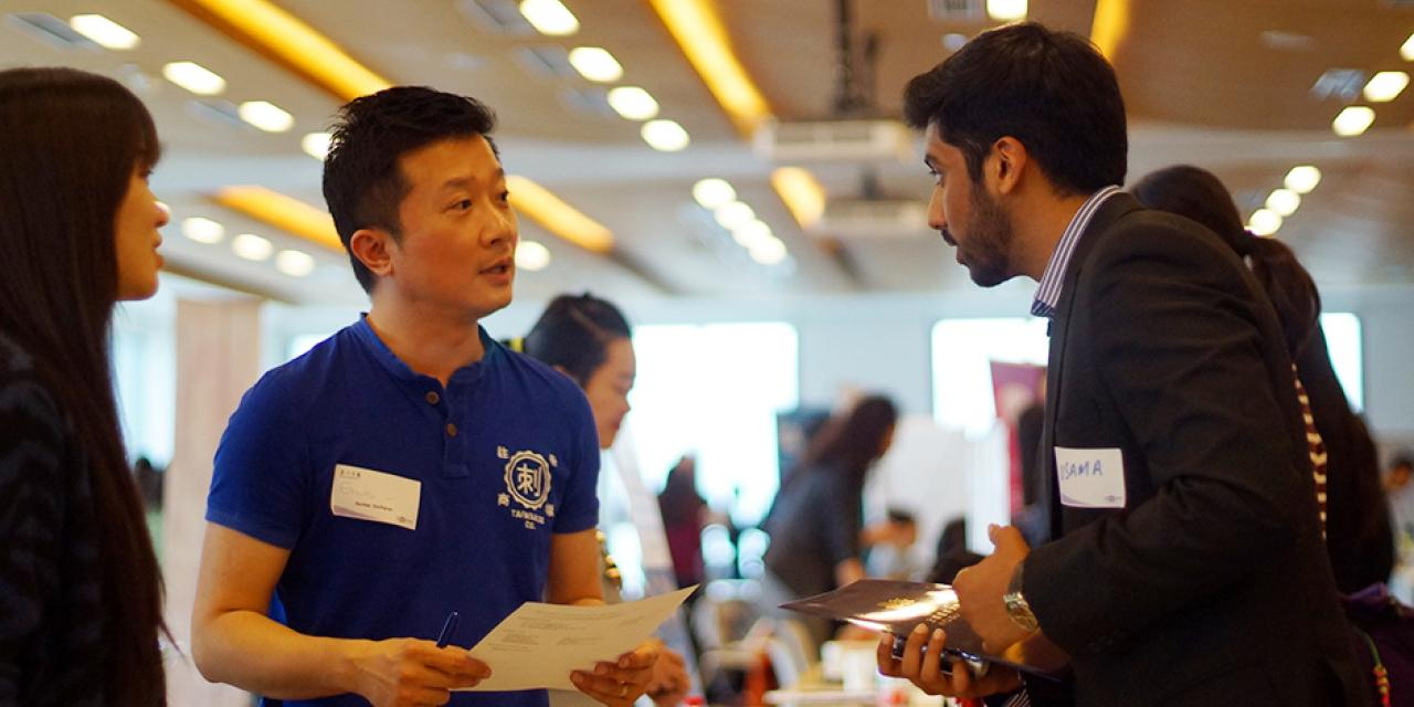 NYU Shanghai students presented themselves to some 50 companies with over 100 representatives at a university internship fair on April 15. (Photos by: NYU Shanghai)