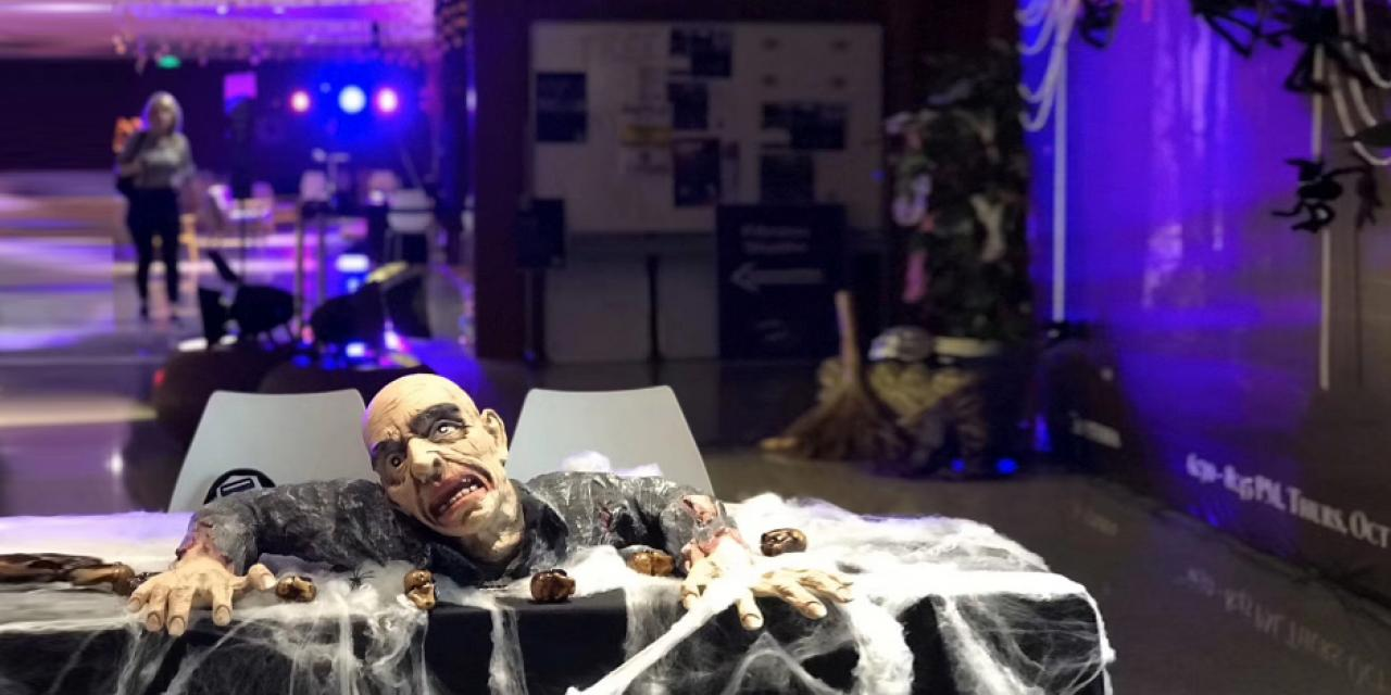 "On Halloween night, NYU Shanghai's student government events committee hosted  a ""Carnival of Terror,"" complete with a haunted house, a screaming room, lip-sync battles, a movie screening, face painting, and a special dinner menu. Photo by Ng Meizhi '17"