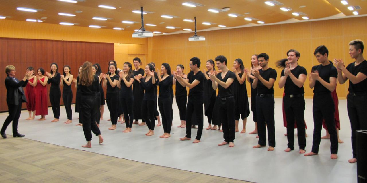 """Sink Back Into The Ocean"" was performed by the Choreography and Performance Class in collaboration with the NYU Shanghai Chorale and the  Body Voices Representatives course on December 13. (Photos by: NYU Shanghai)"
