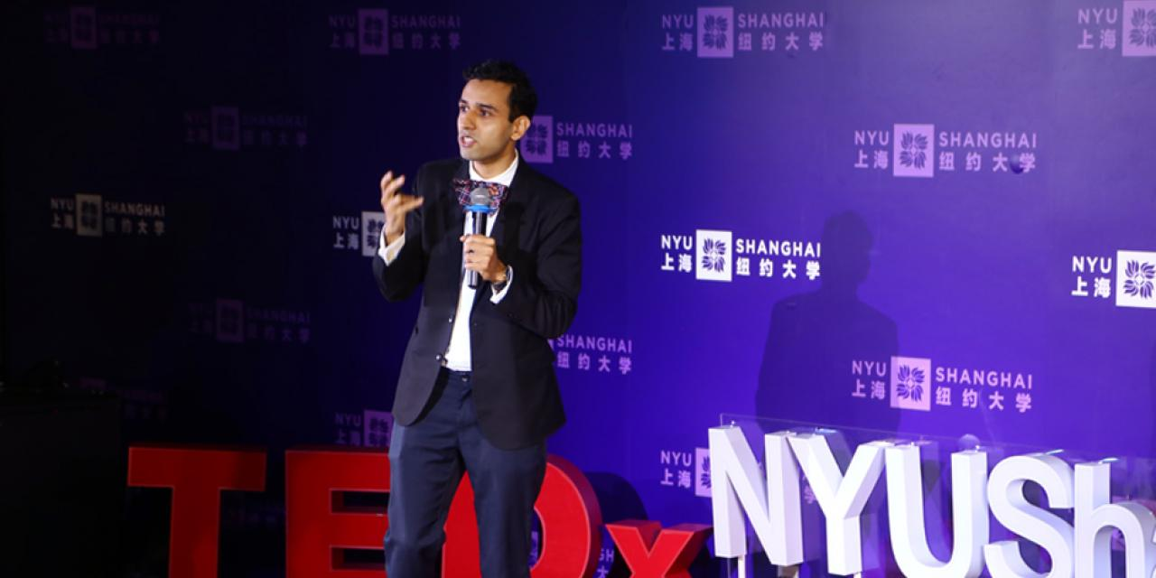 JT Singh, a Canadian media artist and urban futurist, shared his project proposal of redefining people's basic needs, especially in megacities like Shanghai, and redirecting attention to the environment as well as technology, whether on a personal or a social level.  Noting the fact that people's lives are largely contrainted by jobs and daily routines, he said human beings should think of new ways of interacting with ourselves and the surroundings.