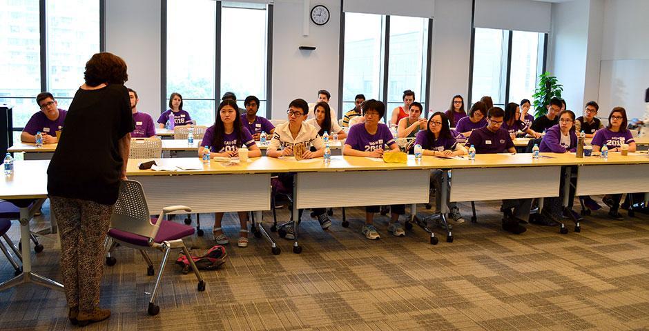 2015年4月25日,迎接新生入学的准备工作已经开始。(摄影:Shelly Lu & Joyce Tan)