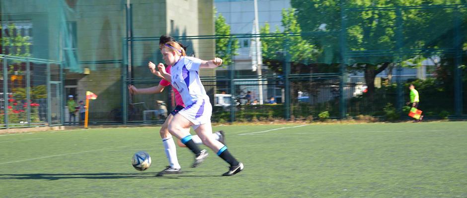 NYU Shanghai 3:1 beat Shanghai Normal University women's soccer team on Thursday. May 21, 2015. (Photo by Ronak Uday Trivedi)