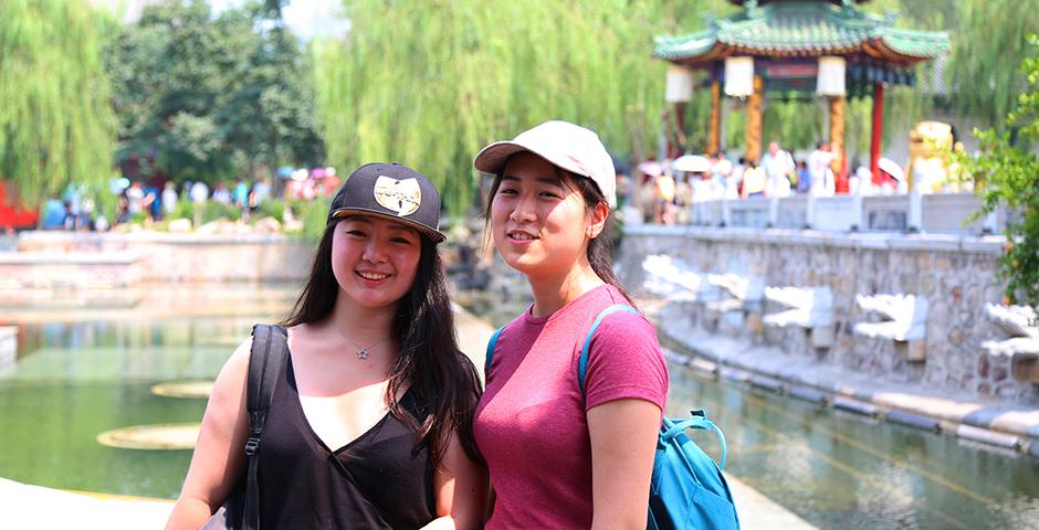NYU Shanghai Summer Session II students visited the burial compound of Qin Shi Huangdi, the first emperor of China, in the ancient capital of Xi'an. (Photos by: Wenqian Hu)