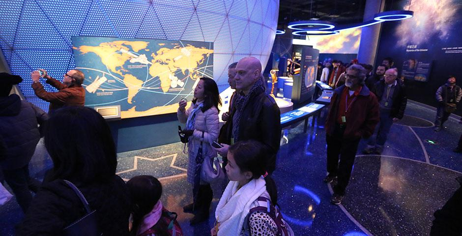 NYU Shanghai faculty and their families enjoy an exclusive preview of the new Shanghai Natural History Museum before visiting Jing'an Sculpture Park for a taste of Chinese culture. March 14, 2015. (Photo by Ruwen Yu and Beijia Zhang)
