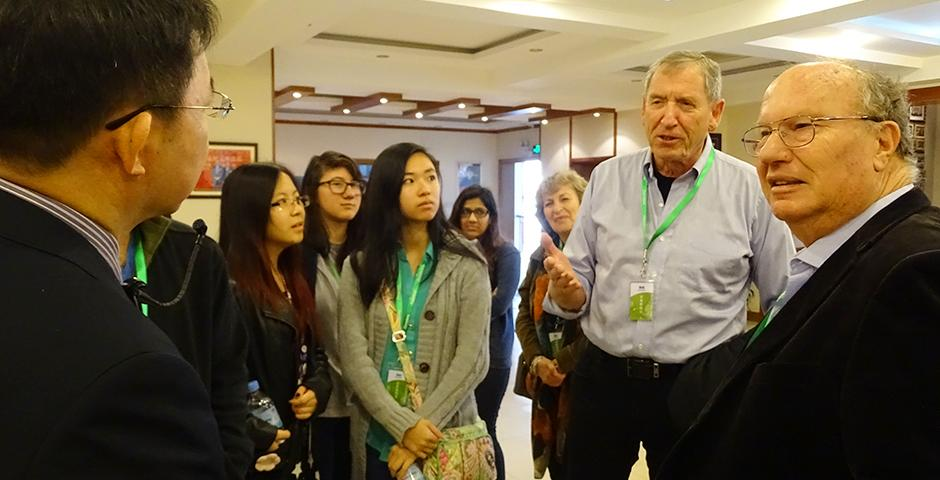 Fos Field Trip to Canature Company on November 14, 2015. (Photo by: Mei Wu)