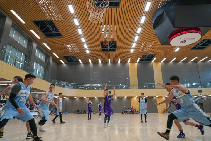 NYU Shanghai's men's basketball team breezed through the first two rounds, defeating Wenzhou Kean University, 29-20 and Duke Kunshan University, 34-17, before being stopped in the final by Xi'an Jiaotong-Liverpool University, 25-31.