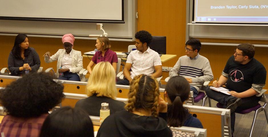 11月8日,同学们小组讨论了如何挑战种族刻板印象,增强平等意识。图  Blake Harrell(2021届)陈梦竹(2018届)