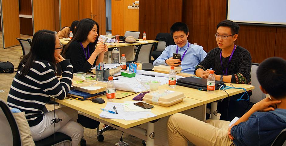 """Students came together on March 5 and 6 to address """"food issues"""" such as recycling, composting and food waste at this year's Sila Connection Shanghai. (Photo by: NYU Shanghai)"""