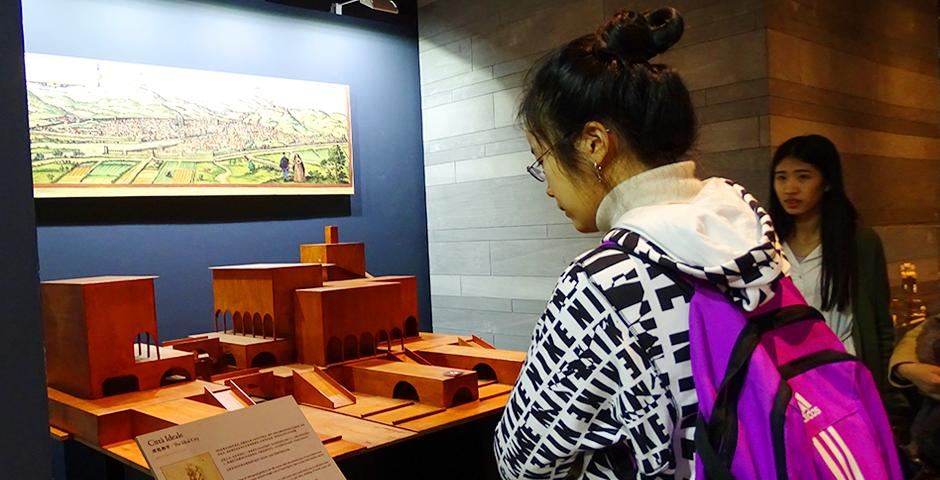 """NYU Shanghai students took a Saturday off campus to explore the renowned exhibition, """"Da Vinci: The Genius"""" at The Hub. The exhibit showcased models of Da Vinci's inventions as well as reprints of his most famous pieces of art. (Photo by: Annie Seaman)"""
