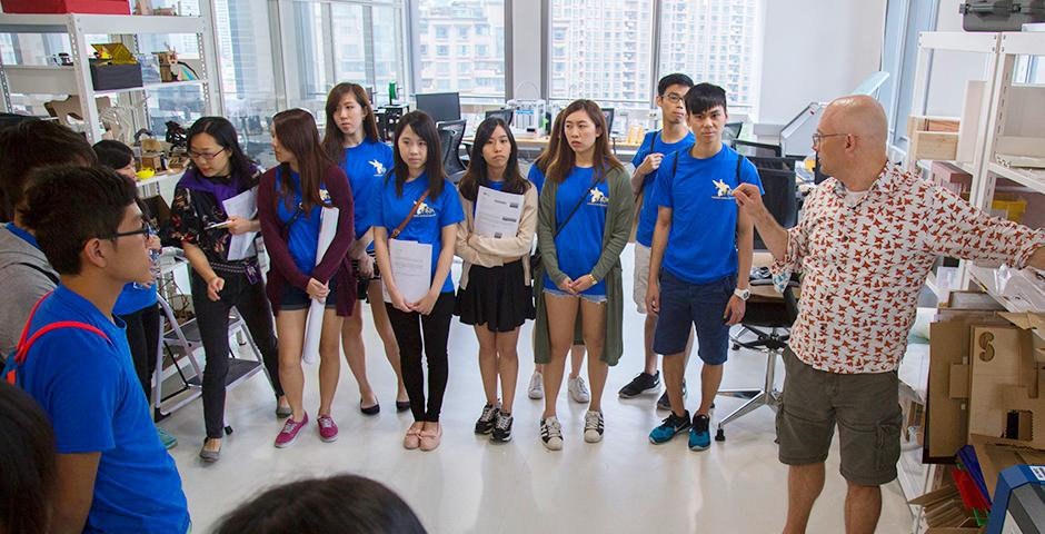 As part of their summer internship camp, over 30 students from several Hong Kong universities visited NYU Shanghai on June 20. With a campus tour and interactions with NYU Shanghai students, faculty and staff, they learned about the University's unique characteristics and teaching philosophy. The students enjoyed exploring creative projects from the Interactive Media Arts (IMA) lab and Program on Creativity and Innovation (PCI) lab. (Photos by: Dylan J Crow)