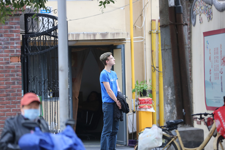 Josh Jensen '21 said that the Yu Yuan Road visit was a perfect field trip for students at NYU Shanghai since it showed how the history of the road has been enriched by both its Chinese and foreign residents, just as the NYU Shanghai community is enriched by its international student body.