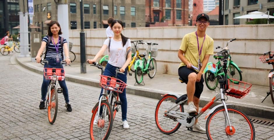 Freshmen also had to work out how to rent a shared bike, which are a popular means of transport in the city, and ride it. (Photo by: NYU Shanghai)
