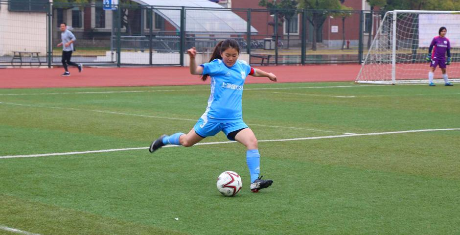 On November 21, NYU Shanghai women's soccer team won the second place in the Finals of the Shanghainese Collegiate League.